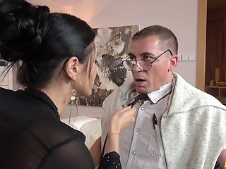 Ania Kinski Is The Real Queen Of Hook-up Games And A Fellatio With A Stranger