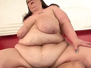 Fat Floozy Kitty Nation Satiates Her Man Using Saggy Tits And Chubby Cunt