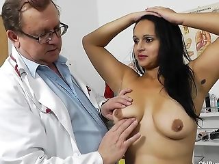 Latina Mummy Rosita And Her Obgyn Physician