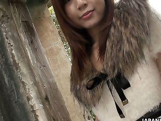 Beautiful Youthful Asian Stunner Airi Display Shows Her Charming Jiggly Muff