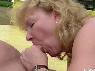 Matures Chubby Blonde Promiscuous Lady Gets Fucked By Combine Operator