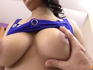 Insane And Buxomy Thai Whore Dusadi Loves Taking Rod Into Mouth For Nice Head