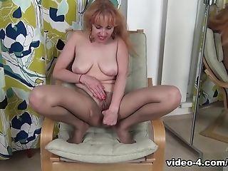 Karolina In Getting Off Movie - Atkhairy