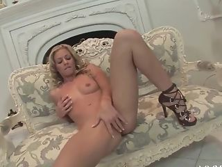 Incredible Superstars In Horny Blonde, Stunners Bang-out Clip