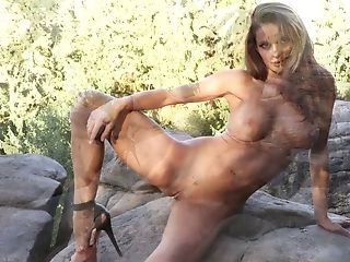 Neat Exhibitionist Dana Harem Loves Posing Naked And She's Just Breathtaking
