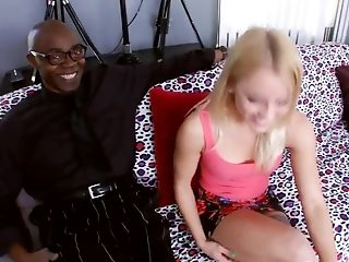 Petite Milky Gal Gets Her Vagina Fucked By Black Man