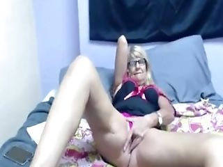 Blonde Granny-old Vag Masturbating