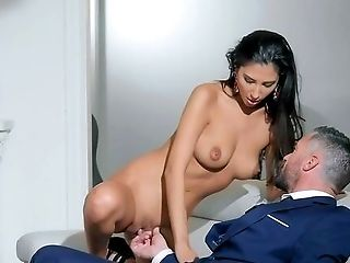 Gianna Dior Bellows With Pleasure From Having Xxx Fucking